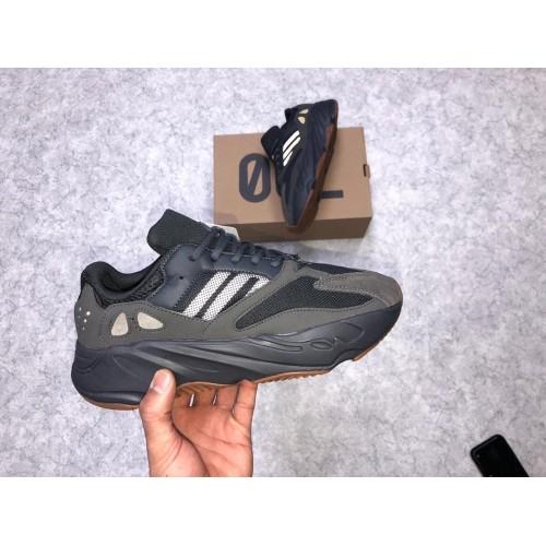 Кроссовки женские   Adidas yeezy 700  - арт.331340