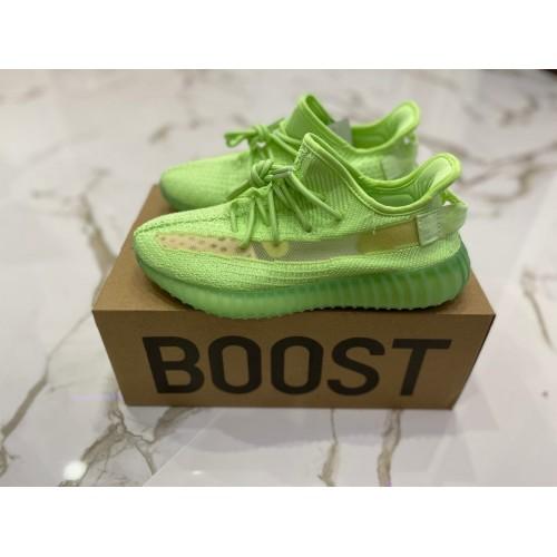 Кроссовки женские Adidas Yeezy Boost 350 V 3 - арт.000211