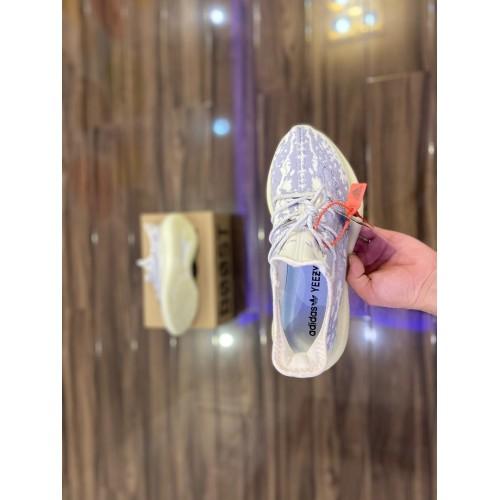 Кроссовки женские  Adidas yeezy Boost 380 V2  - арт.334440