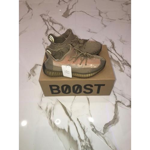 Кроссовки женские Adidas Yeezy Boost 350 V 2 - арт.333717