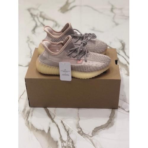 Кроссовки женские Adidas Yeezy Boost 350 V 2 - арт.333720