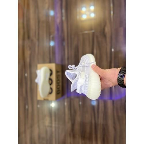 Кроссовки женские Adidas Yeezy Boost 350 V 2 - арт.335040