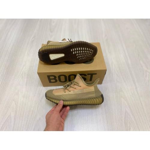 Кроссовки женские Adidas Yeezy Boost 350 V 2 - арт.333767