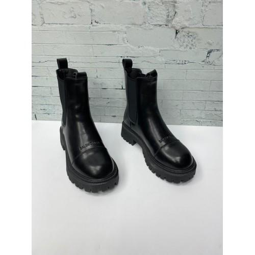 Ботинки  зимние женские Balenciaga
