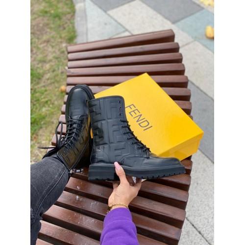 Ботинки женские Fendi