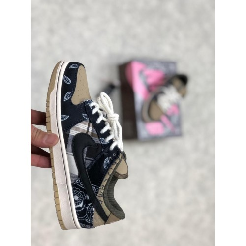 Кроссовки женские Nike SB DUNK LOW PRM QA