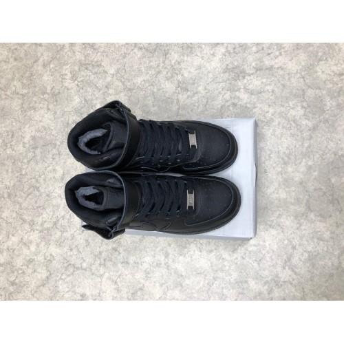 Кроссовки зимние женские Nike Air Force