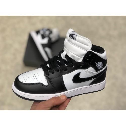 Кроссовки зимние женские  Nike air Jordan 1