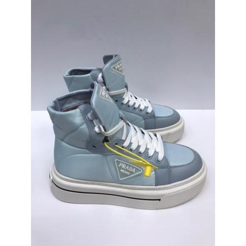 Ботинки стеганые  зимние женские  Prada  - арт.215723