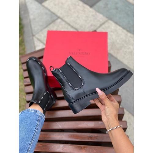 Ботинки женские Valentino